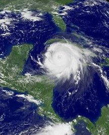 Hurricane_Ivan_passing_over_the_Cayman_Islands_e155165.jpg