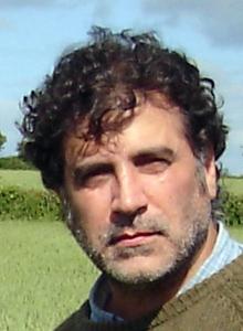 Keith Jardim (220x300).jpg