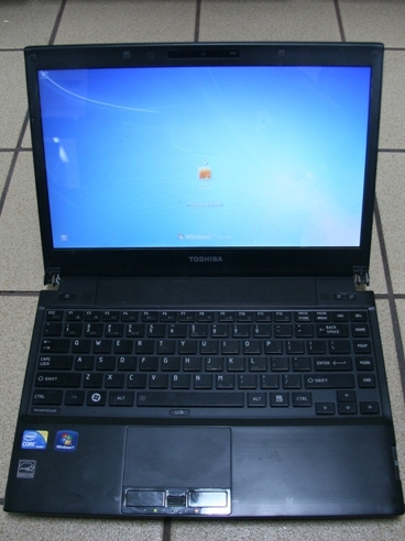 Toshiba laptop March 2012.JPG
